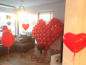 ballondeko und luftballons f r die hochzeit n rnberg f rth erlangen. Black Bedroom Furniture Sets. Home Design Ideas